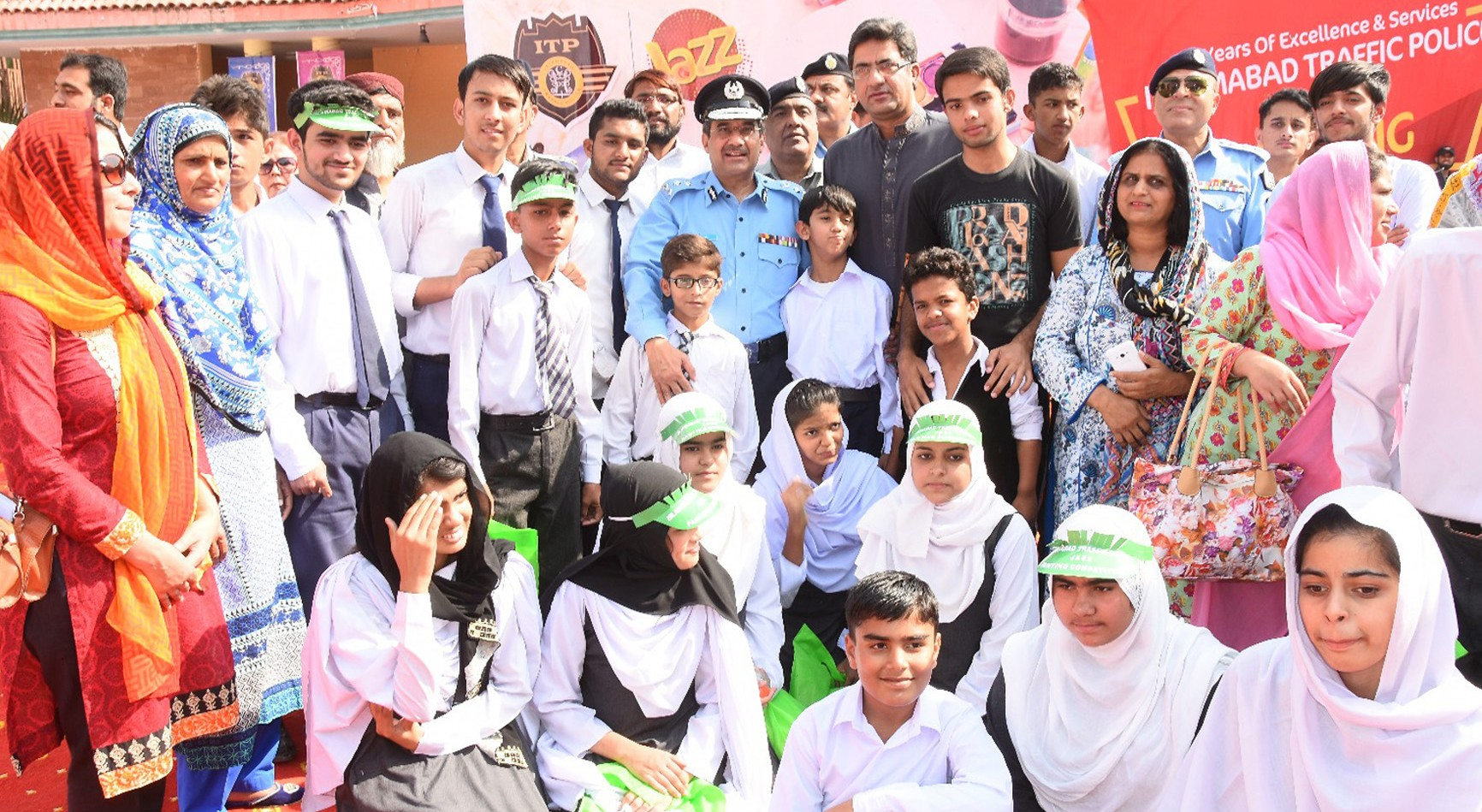Jazz Organizes Children's Painting Competition in Partnership with Islamabad Traffic Police